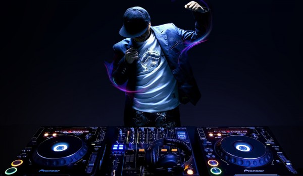Perfect dj who show